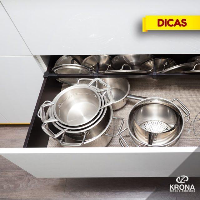 Esta planejando a sua cozinha? Gavetes para guardar as panelashellip